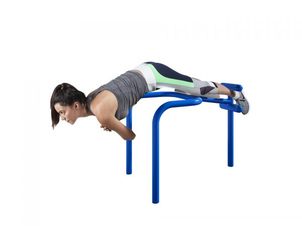 Outdoor hyper extension bench