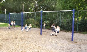 Kids Choice, Single Post Swings with 6 Belt Seats