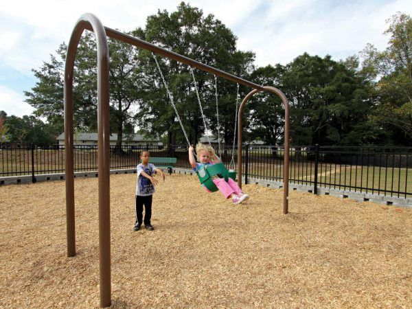 Arch Swings with 2 Tot Bucket Seats