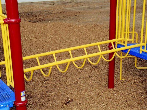 Flat loop bridge climber for playgrounds